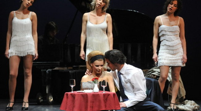 Péterfy Bori szakít a színészkedéssel