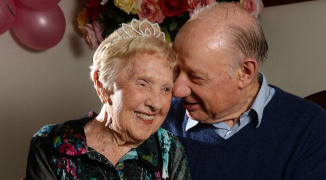 103 évesen lett szerelmes a néni