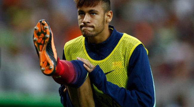 Neymar könyörgött, hogy beállhasson