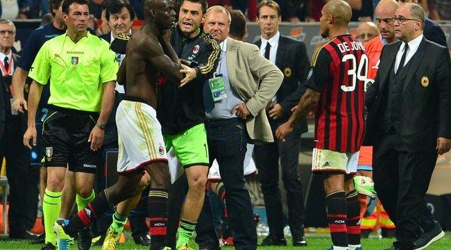 Félmeztelenül üvöltözött a megszégyenült Balotelli