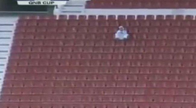 Döbbenet: összesen egy néző volt a focimeccsen