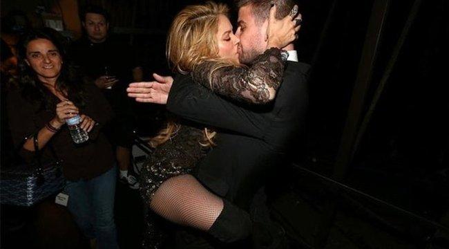Majdnem felfalta egymást Shakira és Piqué - fotó