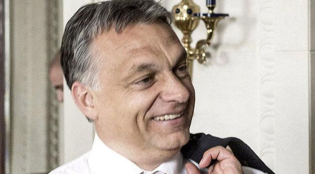 Ciki: elírták Orbán nevét az észak-koreaiak