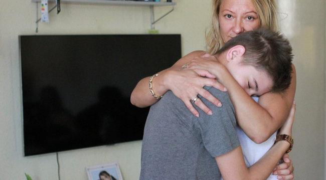 Hónapok óta küzd 13 éves beteg fiáért Éva