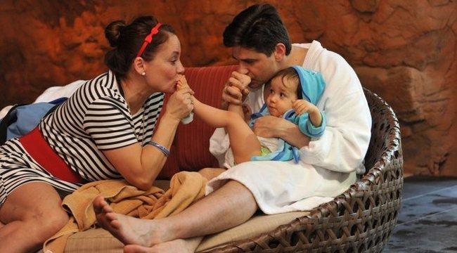 Csisztu Zsuzsa a fia után rohangál