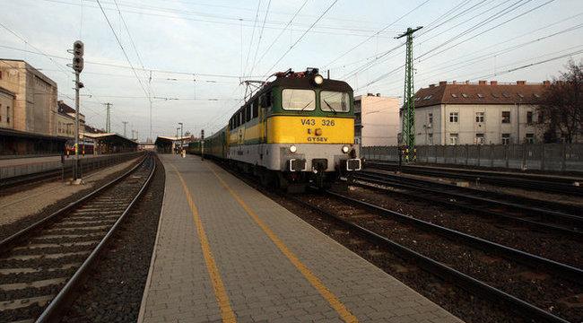 Gázolás miatt késnek a vonatok Budapesten