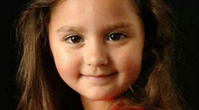 Sokkoló: nagyapja ölében lőtték agyon az ötévest