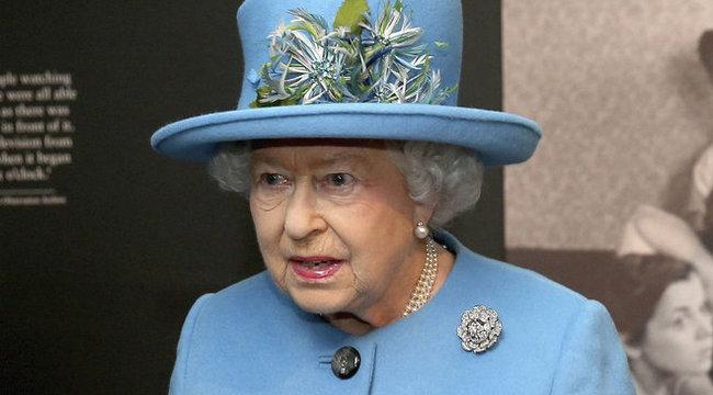 Sokkoló: meg akarták ölni II. Erzsébetet