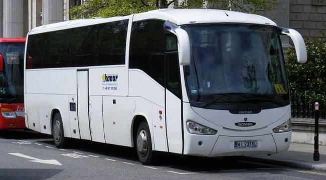 Árokba zuhant egy busz Spanyolországban