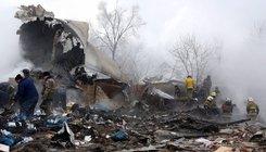 Lakóházakra zuhant egy teherszállító repülőgép Kirgizisztánban