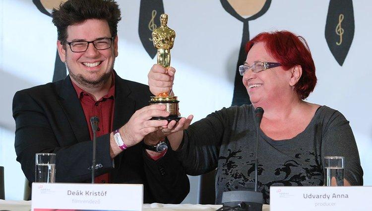 Hazaérkezett az Oscar-díjas Deák Kristóf Los Angelesből
