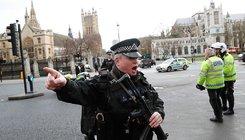 Lövöldözés a brit Parlamentnél, legalább 12 sérült