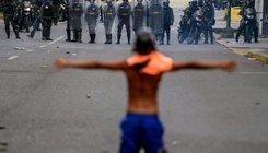 Tüntetés a kormány ellen Venezuelában