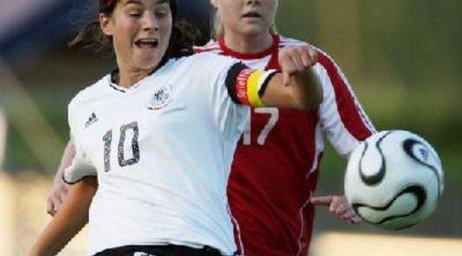 Magyar focista lányt istenítenek a németek