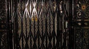 Hatan szorultak egy pesti liftbe szilveszter éjjelén