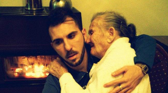 Szívszorító: a sírig kitart beteg nagymamája mellett