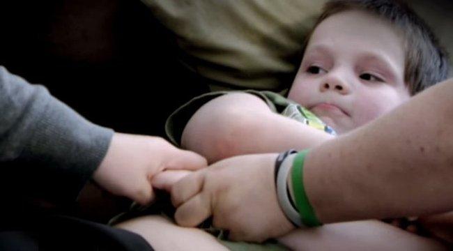 Félelem: sorozatgyilkossá nőhet fel a hétéves - videó