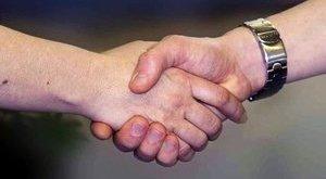Megjósolható az agyvérzés kockázata egy kézfogásból