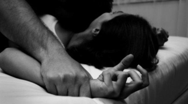 Rendszeresen erőszakolta, majd feleségül vette