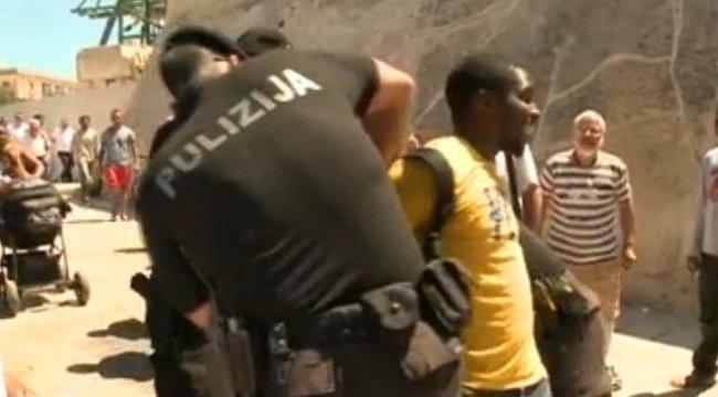 Rasszista támadás érte a magyar fekete férfit