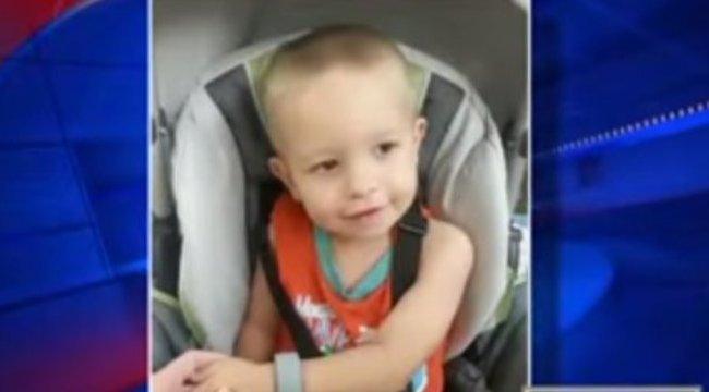 Levágta kisfia lábát fűnyírás közben az anya – videóval