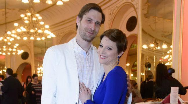 Eltitkolták templomi esküvőjüket Szinetárék