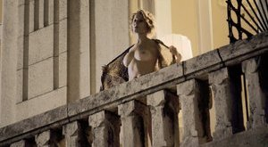 Meztelenség miatt népszerű az új magyar sorozat