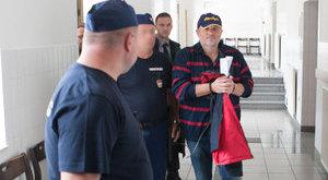Fejek hullanak Lagzi Lajcsi miatt a rendőrségnél