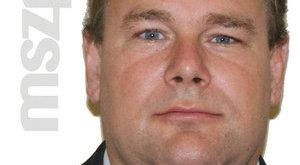 Vascsővel ütöttek le egy MSZP-s politikust