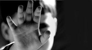 Sokkoló: megölte kisfiát, maradványait a disznóknak adta
