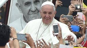 Így lett rap-ikon Ferenc pápából - fotók
