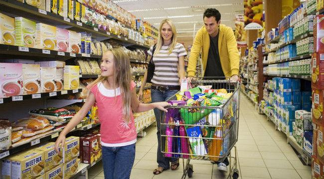 Vasárnap sem halunk éhen - sok bolt lesz nyitva