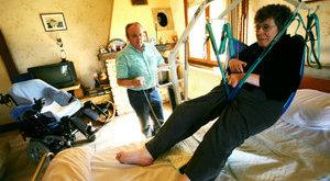 Közel 500 napot kell várni egy térdprotézisre