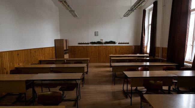 Üres termek: beintettek a kormánynak a diákok