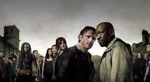 Zombilázban tartja a világot a Walking Dead