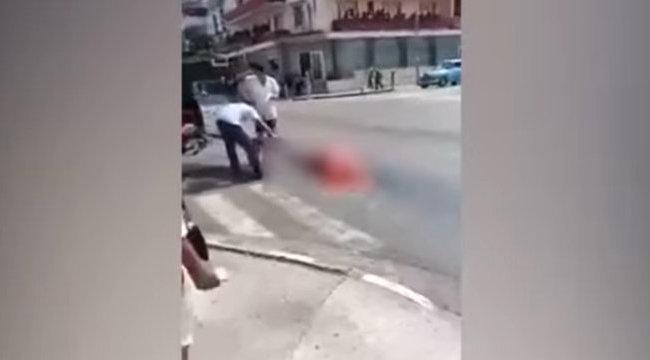 És akkor az út közepére esett egy holttest 18+ videóval