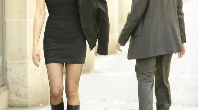 Az szól be a nőknek az utcán, akinek nincs rendben a férfiassága