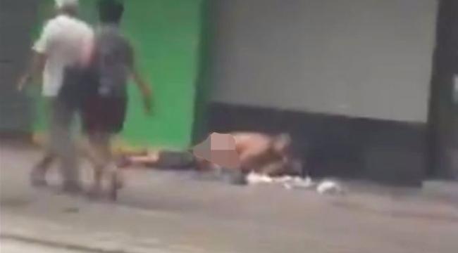 Fényes nappal egy forgalmas utcán szexeltek – videó