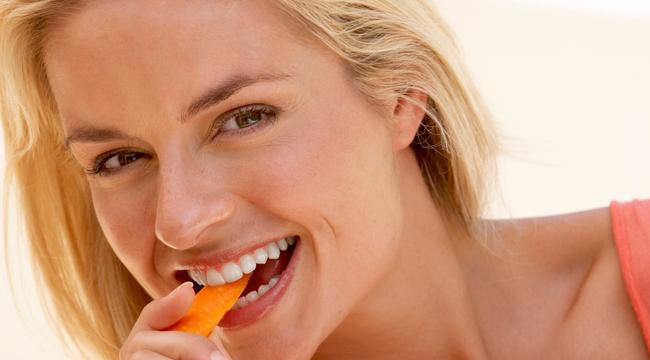 Nincs lehetősége fogat mosni? Ezeket rágcsálja!