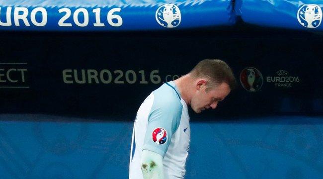Miért zuhant össze az angol futball?