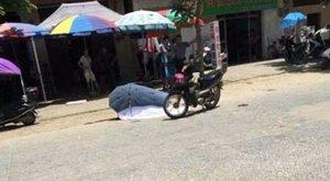 Elszabadult esernyő ölhette meg a motoroslányt
