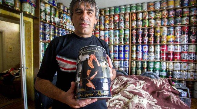 Gábort kiszorítják házából a söröshordók