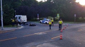 Halálos motorbaleset az Attila úton