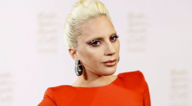Cicit villantott Lady Gaga