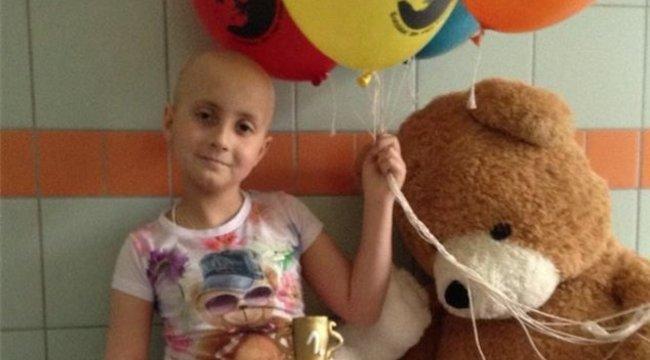210 kemoterápia után győzte le a rákot a 8 éves Ramóna