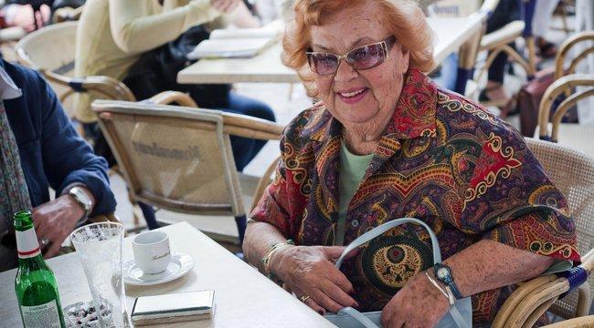 Lorán Lenke 89 évesen igazi partiarc