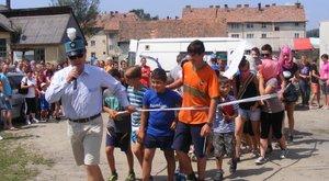 Durva: a migránsokon szórakoztak a falunapokon