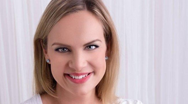 Titokban szült a magyar énekesnő