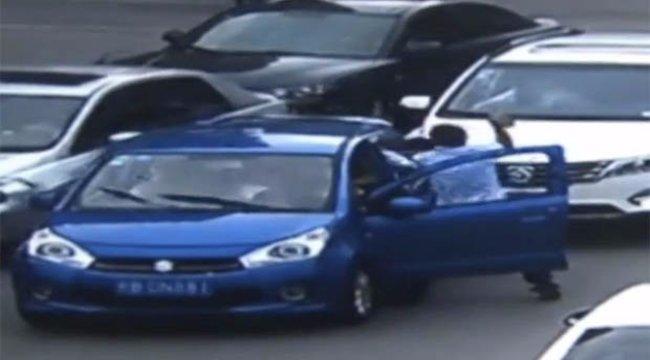 Bepofátlankodott elé a kocsijával, megverte