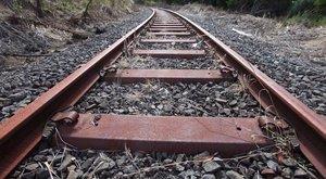 Vonat gázolt halálra egy biciklist Sülysápnál
